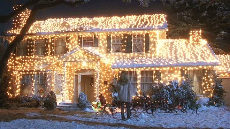 Light Up Your House With LED OR Incandescent Christmas Lights?